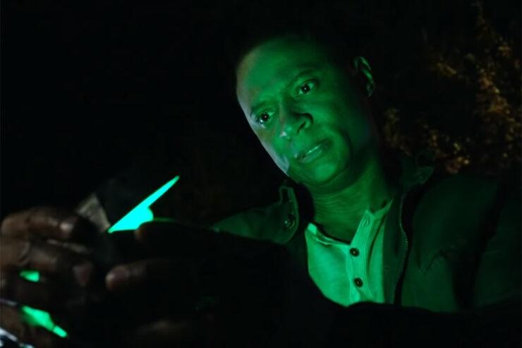 John Diggle in Arrow getting a green lantern ring