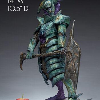 Oathbreaker Strÿfe Fallen Mortis Knight Premium Format Figure size comparison to apple