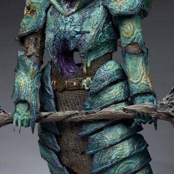 Oathbreaker Strÿfe Fallen Mortis Knight Premium Format Figure close up on weathered armor