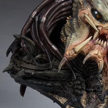 Predator Barbarian Mythos Legendary Scale Bust Braid Details