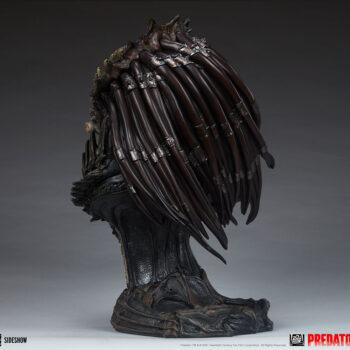 Predator Barbarian Mythos Legendary Scale Bust Full View Left 3/4ths