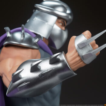Shredder Fourth Scale Statueside of right arm close up