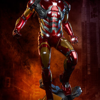 exclusive Iron Man Third Scale Statue with smokey background