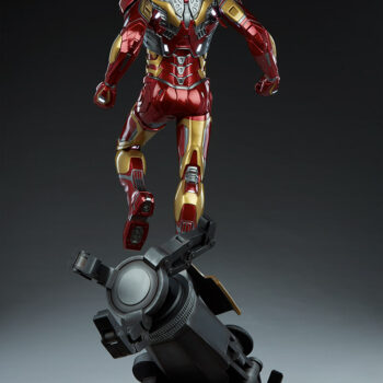 full back view of exclusive Iron Man Third Scale Statue