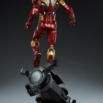 full back side of Iron Man Third Scale Statue