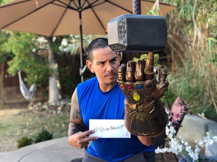 Marco Antonio Rojas poses for a Sideshow contest
