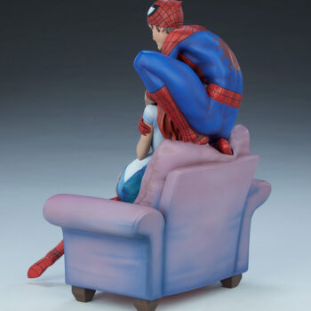 full left back quarter side of Spider-Man and Mary Jane Maquette