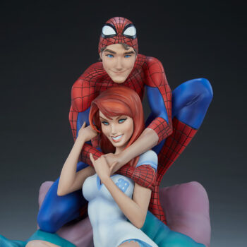 front view close up of Spider-Man and Mary Jane Maquette