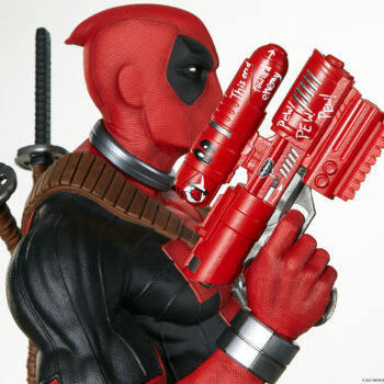 close up on outside of right gun on Deadpool Third Scale Statue