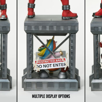 Multiple Display options of Deadpool Third Scale Statue