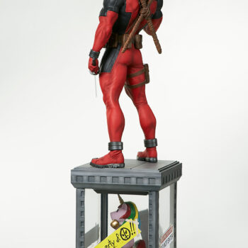 full back quarter left side view of Deadpool Third Scale Statue