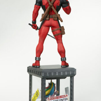 full back view with swords of Deadpool Third Scale Statue
