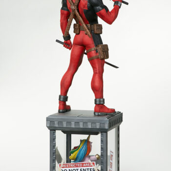 full back quarter view of Deadpool Third Scale Statue