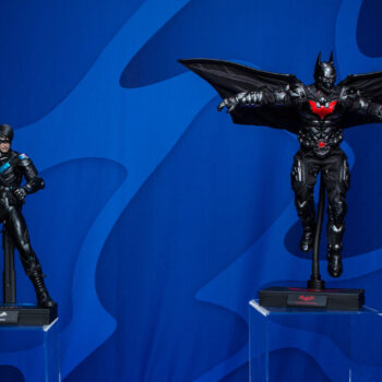 Nightwing and Batman Beyond Hot Toys Sixth Scale Figure
