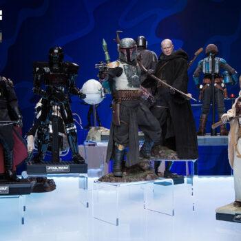 Star Wars The Mandalorian Display with The Mandalorian, Boba Fett, Moff Gideon, Tusken Raider, and Dark Trooper Sixth Scale Figures