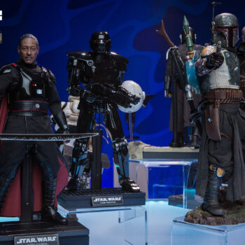 Star Wars The Mandalorian Display with The Mandalorian, Boba Fett, Moff Gideon, and Dark Trooper Sixth Scale Figures