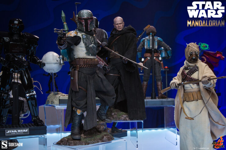 Star Wars The Mandalorian Display with The Mandalorian, Boba Fett, and Tusken Raider Sixth Scale Figures
