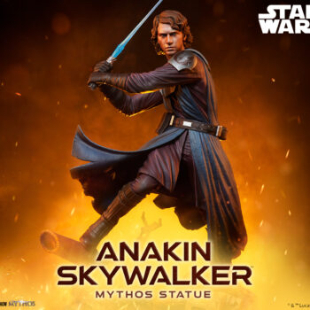 Anakin Skywalker Mythos Statue Preview with Mustafar background