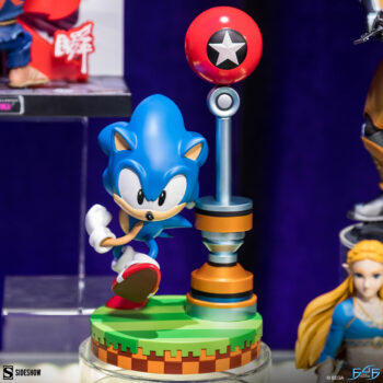 Sonic the Hedgehog Statue- First 4 Figures Front View