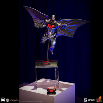 Batman: Arkham Knight Batman Beyond Sixth Scale Figure by Hot Toys- Full Figure and Stand