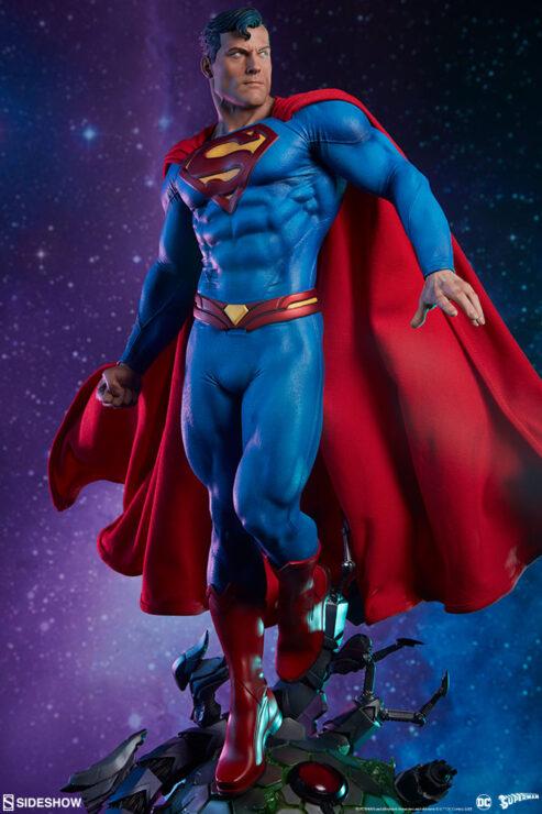 Superman Premium Format Figure DC Comics Collectibles