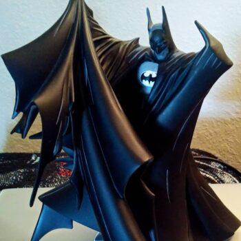 Batman drawing up his cape