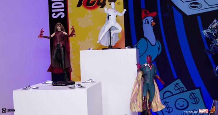 Scarlet-Witch-Vision-WandaVision-Hot-Toys-Sideshow-Sideshowcon-1
