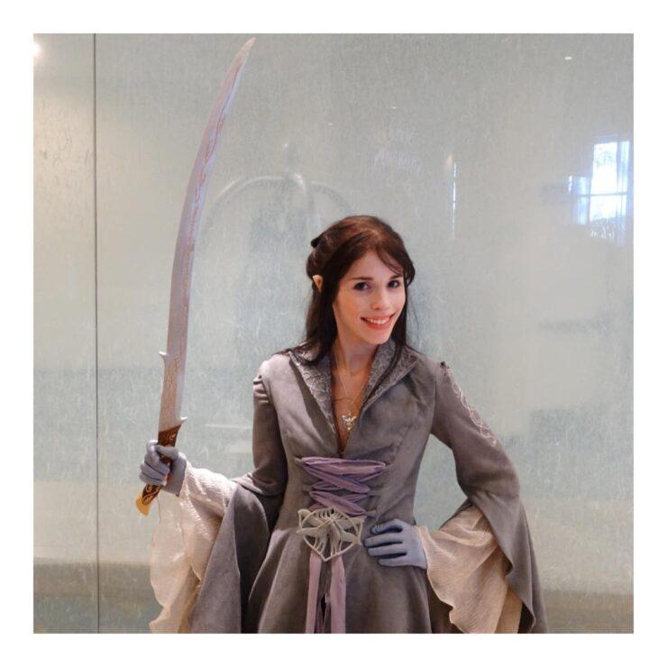 Let Your Geek Sideshow Facebook Group member Shannon O.'s Arwen costume