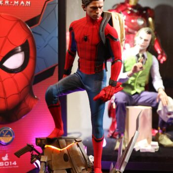 Spider-Man Sixth Scale with mask off