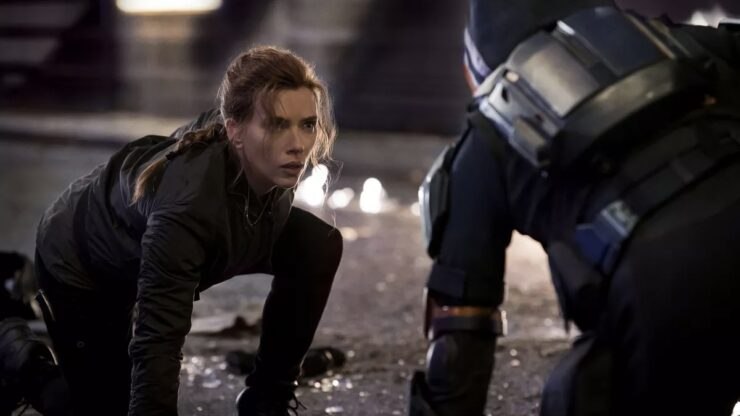 Natasha faces off against the Taskmaster in Black Widow