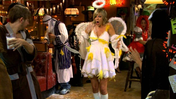 In this episode of It's Always Sunny in Philadelphia, Dee and The Gang must recall last Halloween's festivities to figure out who the father of her child could be