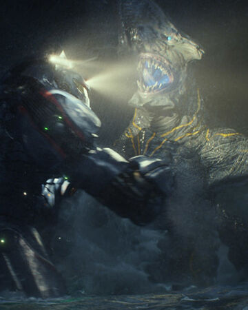 In Guillermo Del Toro's first Pacific Rim fight, the inaugural showdown we see is between a Jaeger robot and