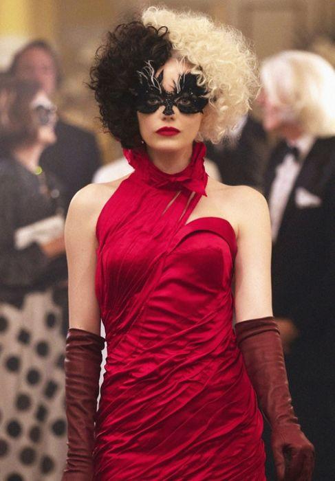 Cruella de Vil's Style Evolution from Fashionista to Villain