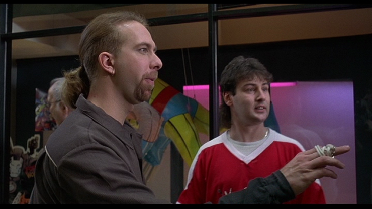 Angry comic book fans in Mallrats