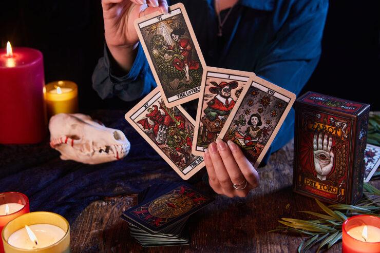 Tarot del Toro deck
